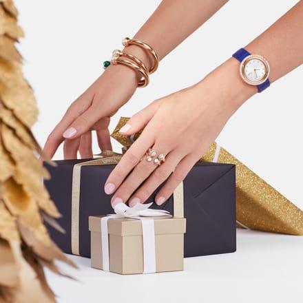 Piaget gold bangle bracelets and luxury watch
