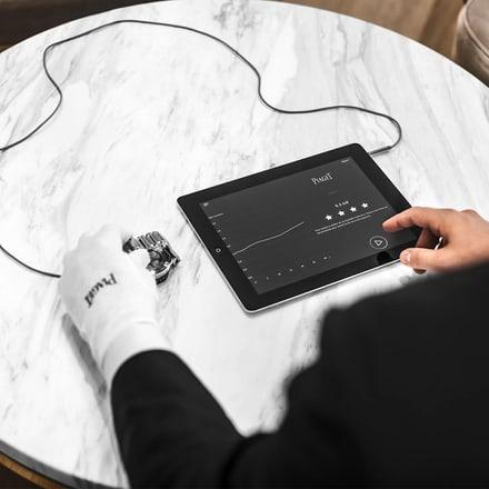 contrôle d'une montre de luxe Piaget