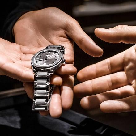 contrôle de la magnétisation d'une montre de luxe Piaget