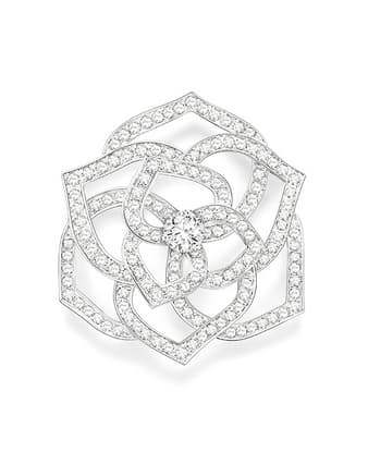Серьги в форме розы из золота и бриллиантов