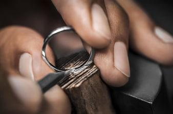Piaget luxury ring engraving