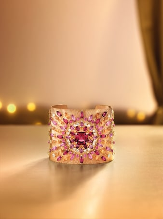 brazalete en oro rosa y diamante