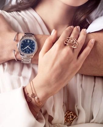 Женские украшения и мужские часы из розового золота