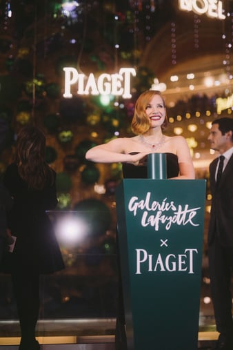 Jessica Chastain wears a white gold diamond necklace for Piaget Christmas tree inauguration