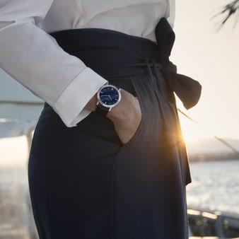 women luxury watch set with diamonds