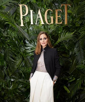 2019 SIHH에서 라임라이트 화이트 골드 다이아몬드 시계를 착용한 올리비아 팔레르모