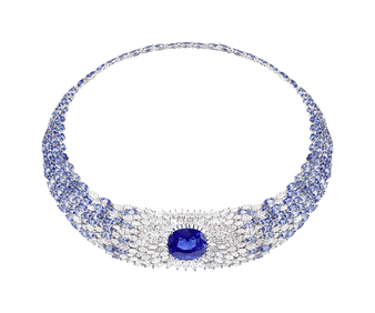 White gold, diamonds and sapphire necklace